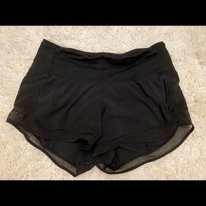Lululemon Hotty Hot Short II w/ Transparent Mesh